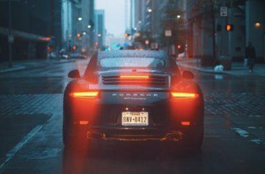 auto op straat